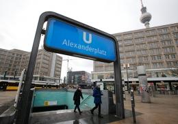 Беженка из Ирака вернула берлинской пенсионерке забытые 14 тысяч евро