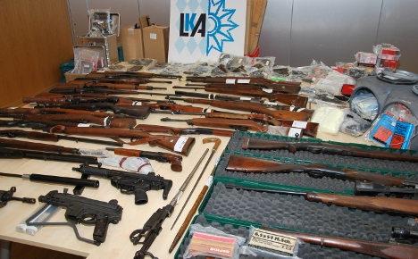 бункер под домом с оружием