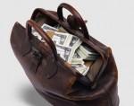 800 тысяч долларов в сумке носить не стоит, в Москве у женщины похитили сумку с деньгами