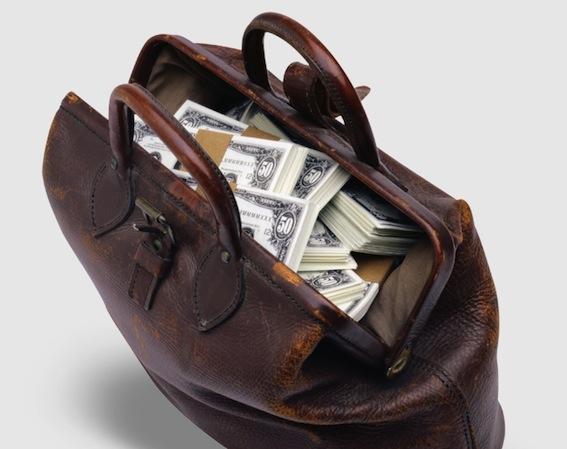 грабеж сумка с долларами в авто