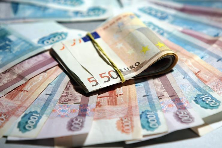курс евро поднялся до 69 рублей