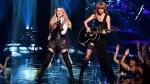 На церемонии iHeartRadio Music Awards Тейлор Свифт была одета в стиле Мадонны