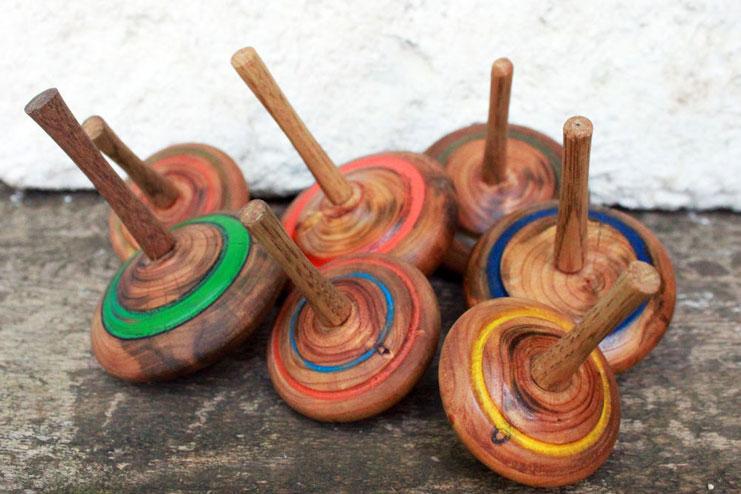 деревянная игрушка волчок фото своими руками