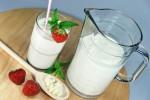 Диетологи предложили улучшенную недельную диету на кефире, фруктах и мясе