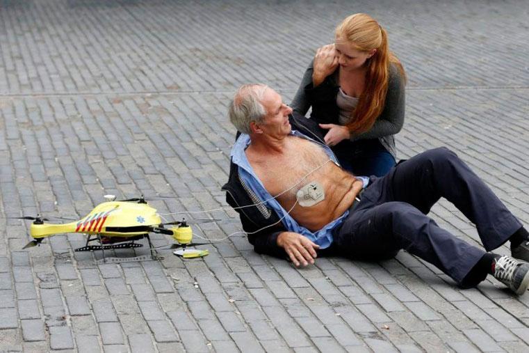 латающий дрон спас жизнь человеку