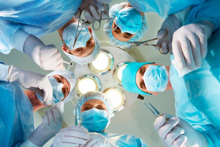 увольнения врачей