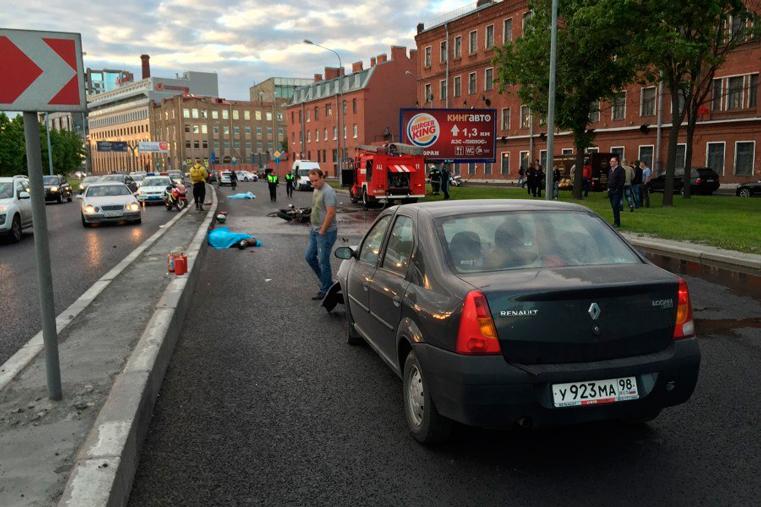 авария на выборгской набережной автомобиль рено 9 июня