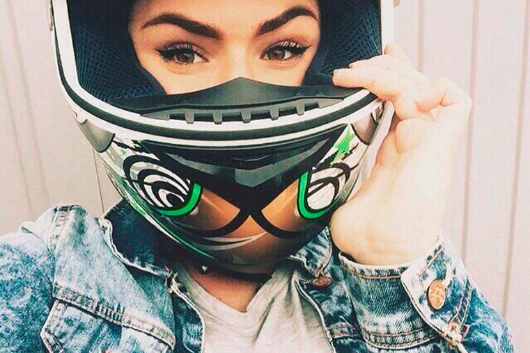 фото шлеме до аварии на мотоцикле 9 июня на выборгской набережной алина