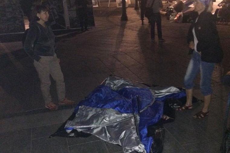 снесли палатки на площади в киеве