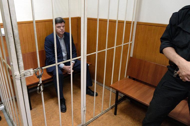 арестован виктор чудов фото за решеткой басманный суд москвы