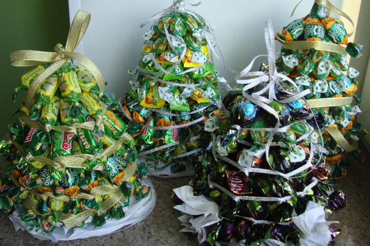 супер елка из конфет
