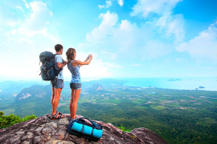 большой туризм на природе