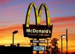 Американские продажи сети Макдональдс в третьем квартале, наконец-то, выросли