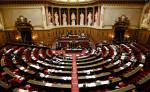 Французский Сенат продлевает режим ЧП