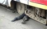 Пьяный москвич погиб под колёсами трамвая