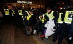 Полиция Мальмё продолжает бороться с защитниками мигрантов