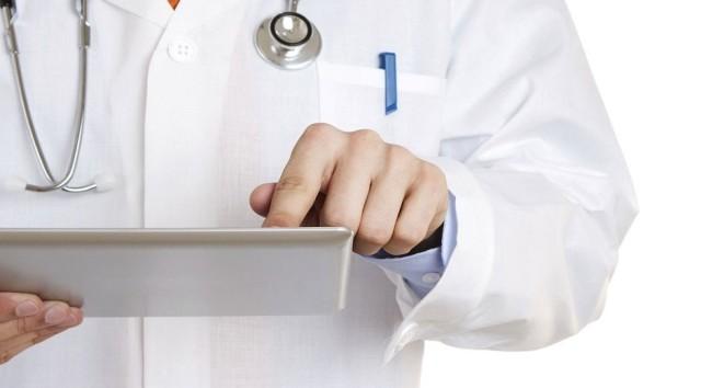 doctor-ipad