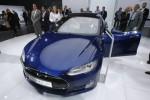 Тесла ограничит возможности автопилота