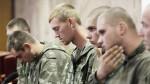 Российские военные, ранее задержанные на Украине, вернулись на территорию России