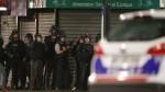 В результате спецоперации против парижских террористов были убиты два человека