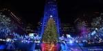 В Нью-Йорке у главной рождественской ёлки собрались тысячи американцев