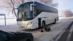 На Ставрополье сотрудники ДПС эвакуировали замерзающих пассажиров из заглохшего автобуса