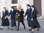 Самой опасной профессией для психики женщин в Швеции является служение Богу