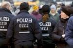 СМИ: в полиции не должны сообщать о преступлениях мигрантов в Германии