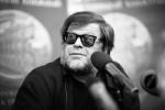 Борис Гребенщиков неожиданно дал бесплатный концерт в подземном переходе Омска