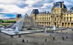 В Лувр без задержек и очередей