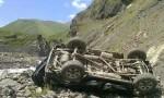 В Дагестане полицейский грузовик сорвался в пропасть