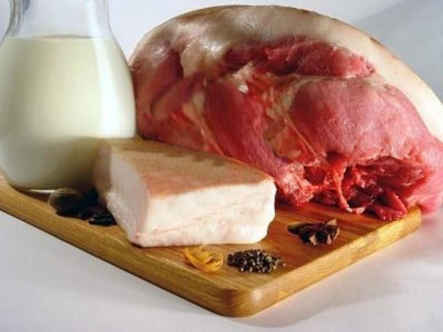 383167-la-carne-y-la-leche