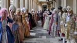 На время проведения карнавала Корфу превращается в Венецию 18-го века