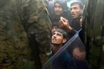 Македонские правоохранители нашли у беженцев карты с маршрутом