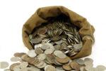 Бизнесмен из Иркутска рассчитался за аренду 30-ю килограммами мелочи