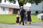 В США семейная пара подарила кредитору свою 14-летнюю дочь