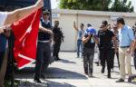 Греческий суд приговорил турецких военных к двум месяцам заключения