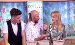 Фокус не удался: В прямом эфире на польском шоу иллюзионист проткнул ведущей руку гвоздём