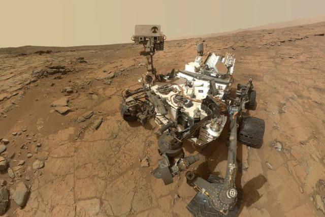 mars-curiosity-selfie