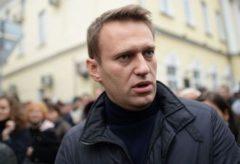 Навальный решил судиться с телеканалом НТВ
