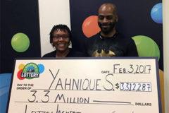 Американка выиграла в лотерею 3,3 миллиона долларов после увольнения с работы