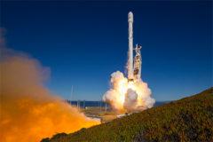 SpaceX пообещала запускать ракеты дважды в месяц