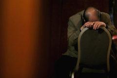 Китайские чиновники заснули на совещании по борьбе с ленью