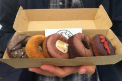 Австралийка создала бизнес на продаже пончиков без сахара