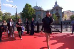 Гости «Евровидения» прошли по самой длинной красной дорожке в истории конкурса