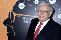 Право пообедать с миллиардером Баффеттом продано за 2,6 миллиона долларов