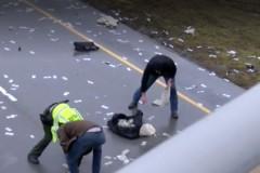 Американское шоссе завалило деньгами из попавшей в аварию машины