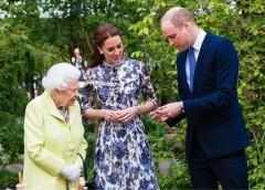 Кейт Миддлтон поцеловала королеву Великобритании и «нарушила» протокол