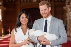 Меган Маркл и принц Гарри впервые показали ребенка