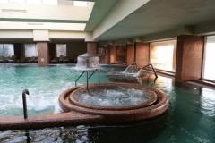 Женщина чуть не лишилась конечностей после купания в джакузи
